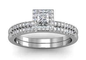 Gorgeous 1/2ct Pave Diamond Bridal Set, Princess Center in 14k WG