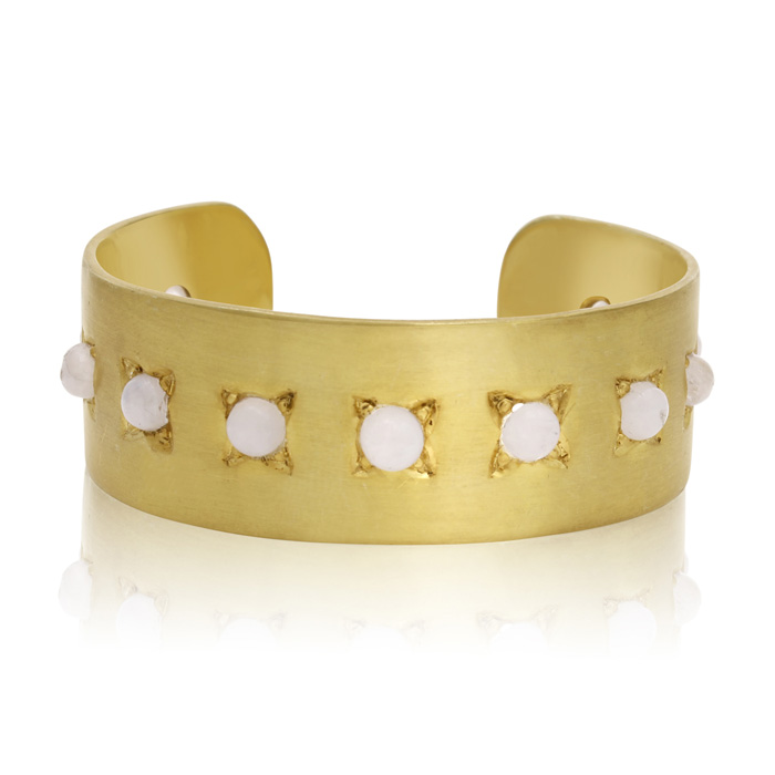 11 Carat Moonstone Cuff Bangle In 14K Yellow Gold