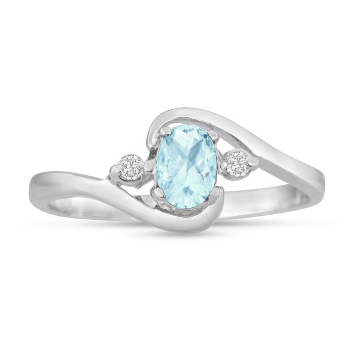 1/2ct Aquamarine and Diamond Ring In 14K White Gold
